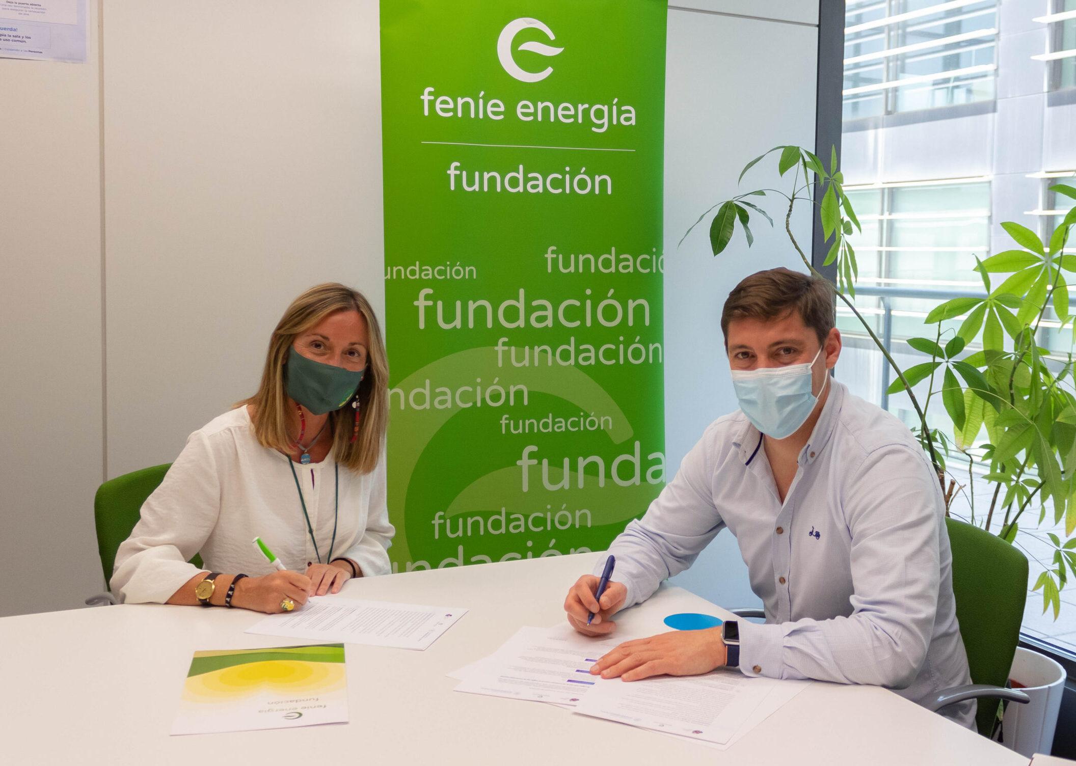 Fundación Feníe Energía se adhiere al Compromiso Intergeneracional de Adopta un Abuelo